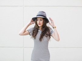 fall style, french girl style, simple, striped dress, red lipstick, hat, atlanta style blogger, chicwish, riffraff, prima donna