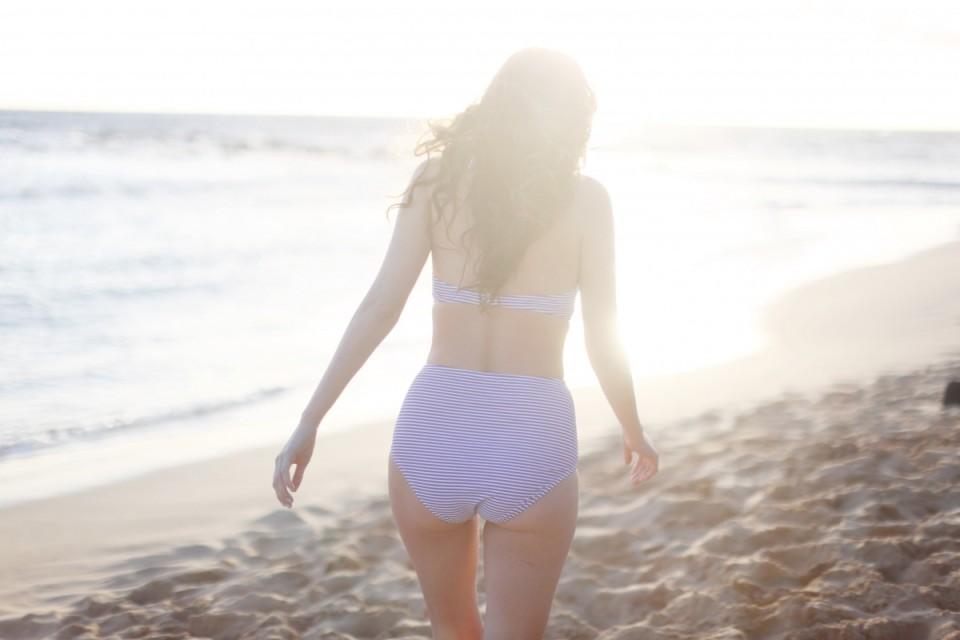 american eagle, aeo style, retro bathing suit, beach style, kauai, hawaii, aeostyle