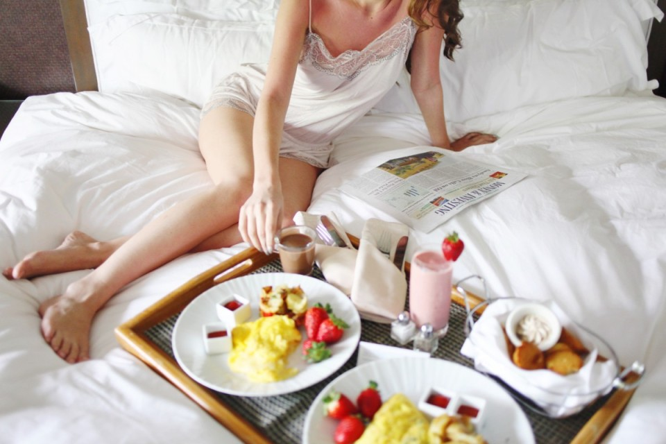 breakfast in bed, koa kea, eberjey, morning style, sleepwear, intimates